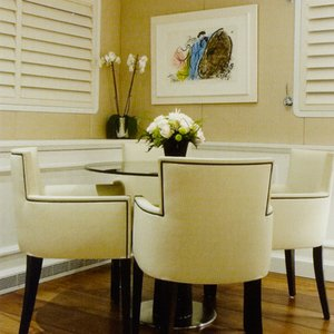 dining-room-leather-shutters
