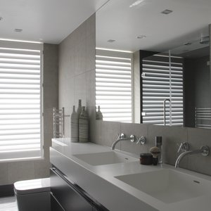 waterproof-bathroom-shutters