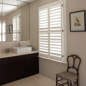 cedar-bathroom-shutters