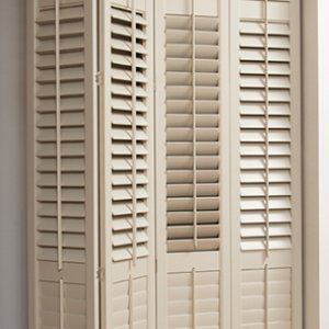 Tnesc New England painted Full Height bi fold sliding tracks shutters 64mm blades
