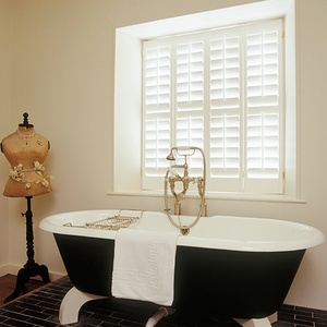 Tnesc New England painted Full Height bathroom shutters 89mm blades