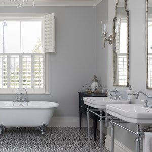 victorian-bathroom-shutters