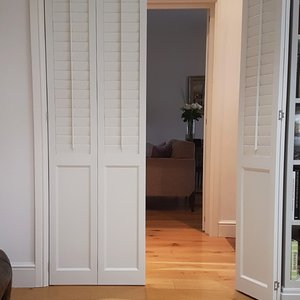interior-solid-shutters