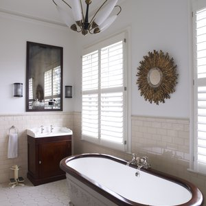chiswick-bathroom-shutters