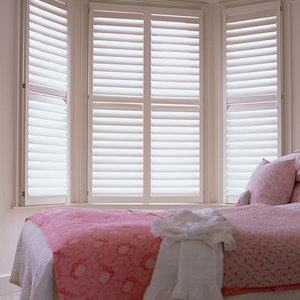 contemporary-bedroom-shutters