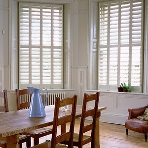 country-kitchen-shutters