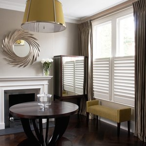cafe-style-living-room-shutters