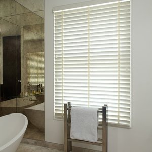 bathroom-blinds-shutters