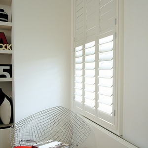 Tnesc Soho painted Tier on Tier living room shutters 89mm baldes