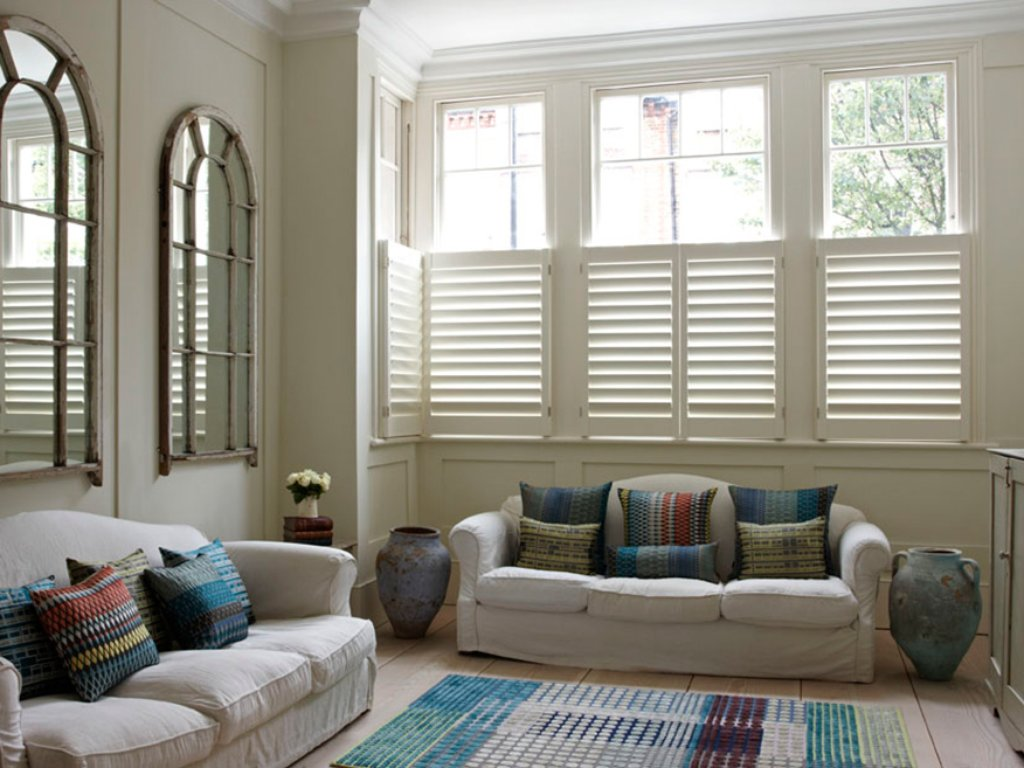 Half Plantation Shutters Caf 233 Style Shutters Tnesc London