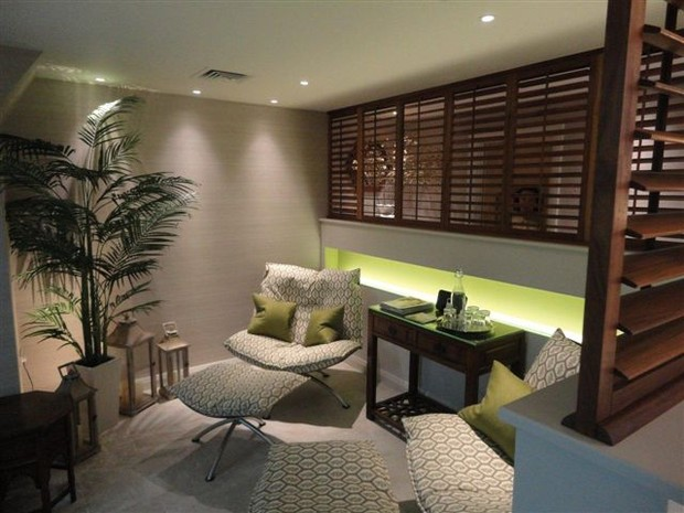 Manhattan Teak shutters in the relaxation rooms
